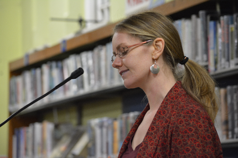Cork poet, Leanne O'Sullivan, reading as an honoured guest at the launch of New Binary Press
